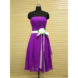 A Line Strapless Purple Chiffon Bridemaid Dresses With White Flower