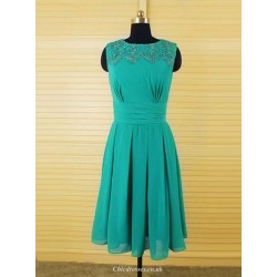 A Line Short Party Gown Knee Length Green Chiffon Bridesmaid Dress With Beading