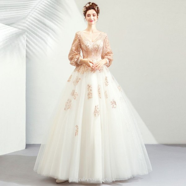 Ball Gown Floor Length V-neck Golden Long Sleeves Wedding Dress With Appliques Sequined New Arrival