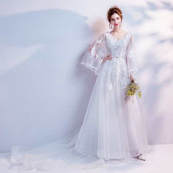 Fairy and Noble White Lace Appliques Long-sleeve Sweep/Brush Train Bride Wedding Dress New Arrival