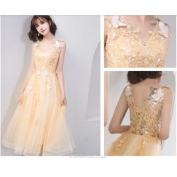 2019 New Fashion 3D Stereo Butterfly Evening Dress V Neck Medium Length Lace Up Bridesmaid Dress With Appliques Sequines