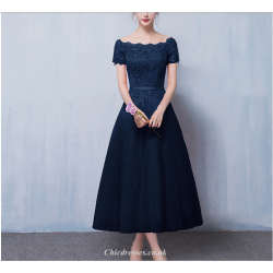 A Line Medium Length Deep Blue Party Dress Off The Shoulder Lace Up Short Sleeve Evening Dress With Appliques