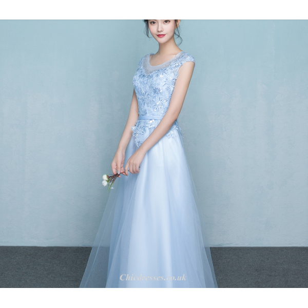A-line Floor Length Tulle Evening Dress Lace-up Scoop-neck Bridesmaid Dress With Appliques Sequines New Arrival
