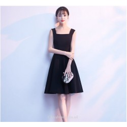 Short Little Black Dress Knee-length Square-neck Cocktail Dress