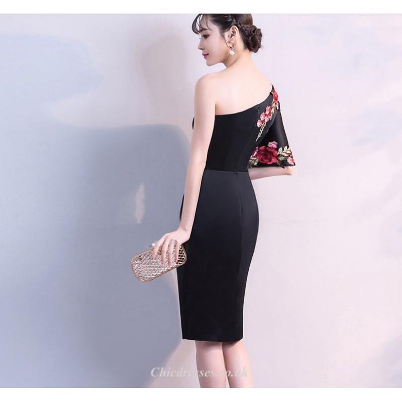Sheath/Column Fashion One Shoulder Black Satin Party Dress