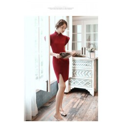 Sheath/Column Fashion Collar Short Red Cocktail/Party Dress With Slit