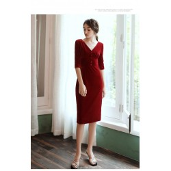 Sheath/Column Knee-Length Half Sleeves V-neck Red Velvet Cocktail/Party Dress
