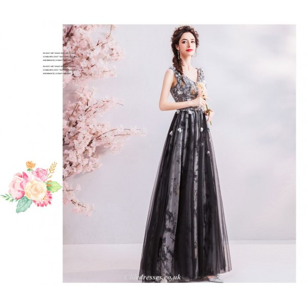 Fashion Floor-length A-line Handmade Stereoscopic Flowers V-neck Black Prom/Party Dress With Sequines/Beading New Arrival