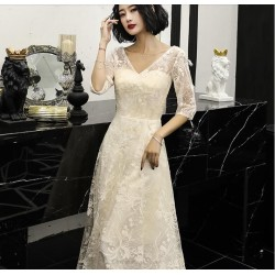 Elegant Floor-length White Lace Evening Dress V-neck Half Sleeves Zipper Back Prom Dress