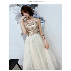 Fashion Floor-length White Tulle Semi Formal Dress Crew Neck Zipper Back Sleeveless Prom Dress With Sequines