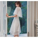 Elegant Knee-length White Lace Eveing Dress Fashion V-neck Invisible Zipper Cocktail/Party Dress New Arrival