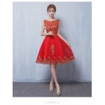 Allure Knee-length Red Tulle Homecoming Dress Exquisite Embroidery Lace-up Crew Neck Cocktail/Party Dress New Arrival