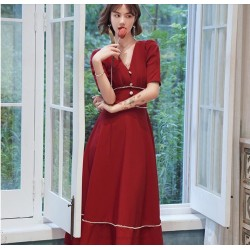 Fashion Medium-length Red Prom Dress V-neck Zipper Back Short Sleeves Homecoming Dress With Beading