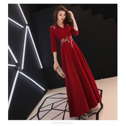 Noble Temperament Floor Length Prom Dress With Sleeves V Neck Invisible Zipper Back Exquisite Embroidery Evening Dress