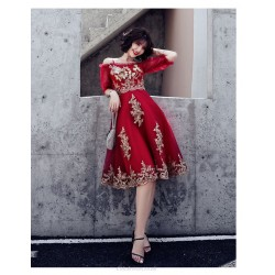 Fashion Medium Length Exquisite Embroidery Burgundy Prom Dress Off The Shoulder Spaghetti Straps Zipper Back Half Sleeve Party Dress