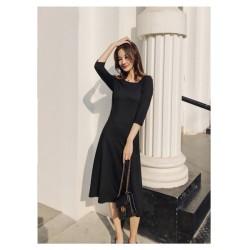 Fashion Medium-length Black Knitting  Irregular Slant Collar Invisible Zipper on the right Half Sleeves Prom Dress With Pocktes