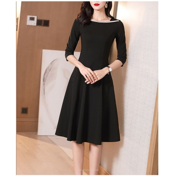 A-line Knee-length Black Invisible Zipper Half Sleeves Prom Dress With Pockets New Arrival