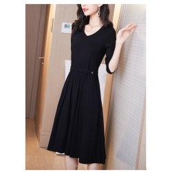 A-line Knee-length Black Chiffon Long Sleeves Prom Dress With Pockets V-neck