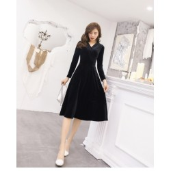 Noble Temperament Medium-length Black Velvet Long Sleeves Prom Dress With Pockets V-neck