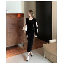 Noble Temperament Medium and Length Black Velvet Evening Dress Crew-neck Zipper Back Long Sleeves Prom Dress With Slits