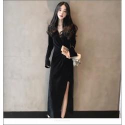 Noble Temperament Floor-length Black Velvet Evening Dress V-neck Long Sleeves Prom Slits