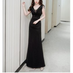 Noble Temperament Floor Length Black Long Prom Dress With Slits Zipper Up V neck With Sequines
