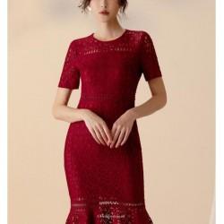 Sexy Knee Length Burgundy Lace Prom Dress Short Sleeve Zipper Back Crew Neck