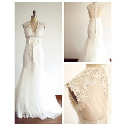 Trumpet Mermaid Wedding Dress Ivory Floor Length V Neck Lace Tulle