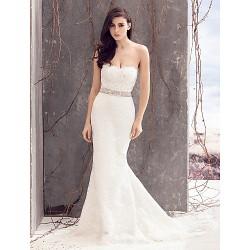 Trumpet/Mermaid Wedding Dress - Ivory Court Train Strapless Lace
