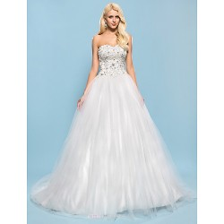 Ball Gown Plus Sizes Wedding Dress - Ivory Chapel Train Sweetheart Tulle/Satin