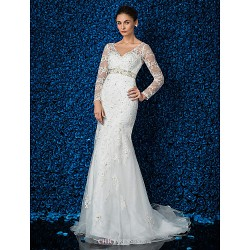 Trumpet/Mermaid Plus Sizes Wedding Dress - Ivory Sweep/Brush Train V-neck Lace/Tulle