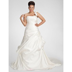 A-line Plus Sizes Wedding Dress - Ivory Chapel Train One Shoulder Satin