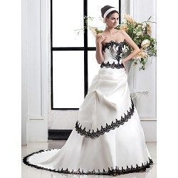 A Line Plus Sizes Wedding Dress Ivory Court Train Sweetheart Satin