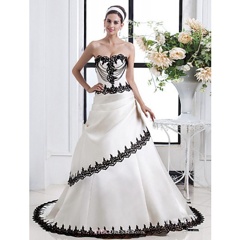 A line plus sizes wedding dress ivory court train for Courthouse wedding dress plus size