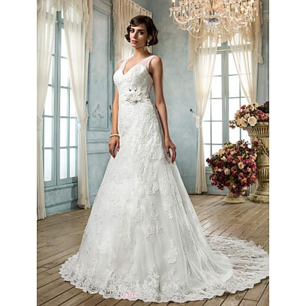 A-line Plus Sizes Wedding Dress - Ivory Sweep/Brush Train V-neck Lace Wedding Dresses