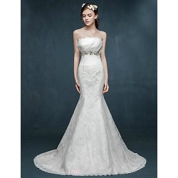 Trumpet/Mermaid Wedding Dress - Ivory Sweep/Brush Train Scalloped-Edge Lace