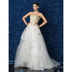 A-line/Princess Plus Sizes Wedding Dress - Ivory Floor-length Strapless Satin/Tulle/Lace
