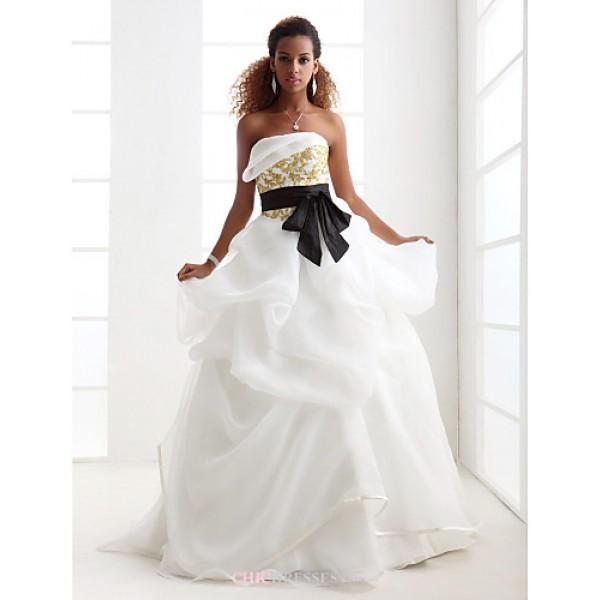 Ball Gown Plus Sizes Wedding Dress - Ivory Sweep/Brush Train Strapless Satin/Organza Wedding Dresses