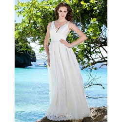 Sheath/Column Plus Sizes Wedding Dress - Ivory Floor-length V-neck Satin/Lace
