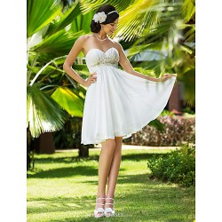 A-line/Princess Plus Sizes Wedding Dress - Ivory Knee-length Sweetheart Chiffon
