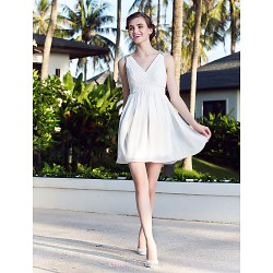 A-line/Princess Plus Sizes Wedding Dress - Ivory Short/Mini V-neck Chiffon