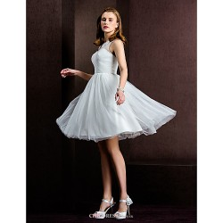 A-line/Princess Wedding Dress - Ivory Knee-length Bateau Tulle