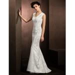 Trumpet/Mermaid Wedding Dress - Ivory Sweep/Brush Train V-neck Lace Wedding Dresses