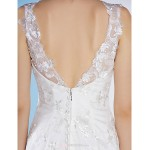Trumpet/Mermaid Wedding Dress - Ivory Court Train V-neck Lace Wedding Dresses