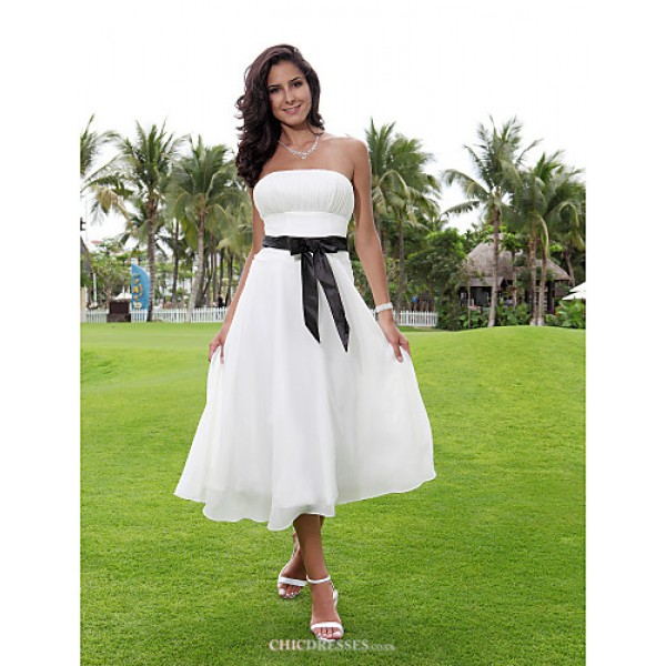 A-line/Princess Plus Sizes Wedding Dress - Ivory Tea-length Strapless Chiffon Wedding Dresses