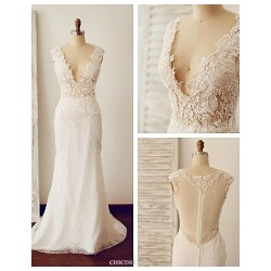 Trumpet Mermaid Wedding Dress Ivory Court Train V Neck Lace