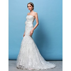 Fit & Flare Wedding Dress White Court Train Strapless Lace