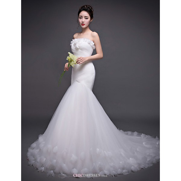 Trumpet/Mermaid Wedding Dress - Ivory Court Train Strapless Tulle Wedding Dresses
