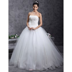 Ball Gown Plus Sizes Wedding Dress Ivory Floor Length Strapless Tulle