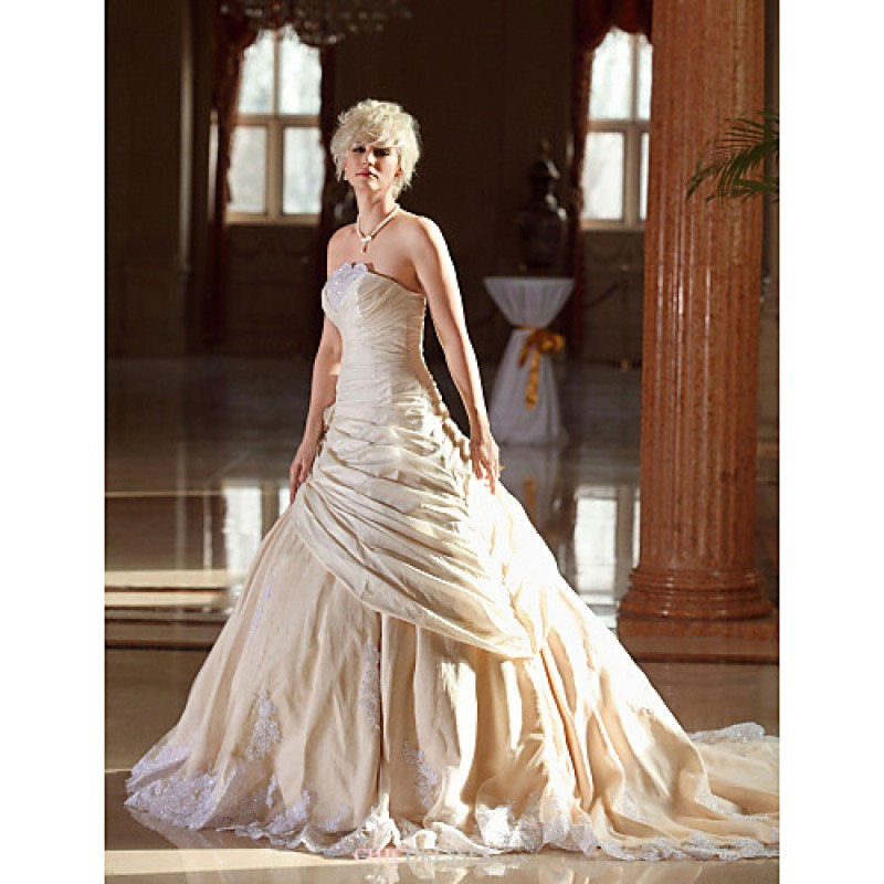 A line plus sizes wedding dress champagne cathedral for Plus size wedding dresses uk